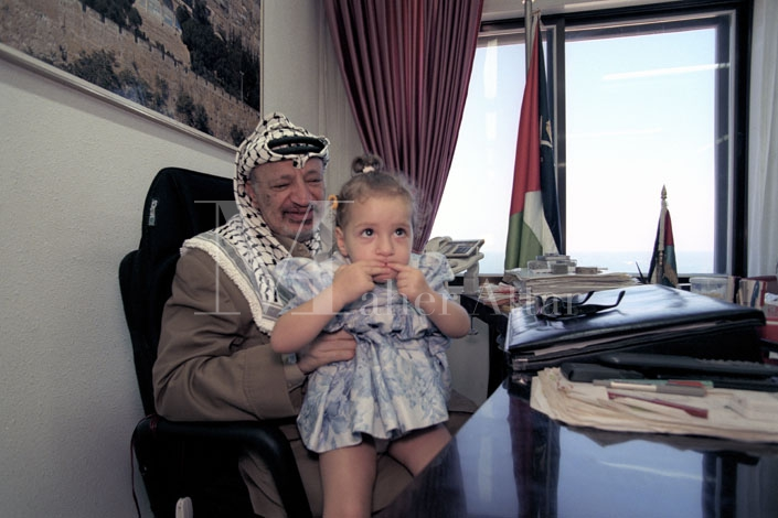 Yasser Arafat in his bunker06